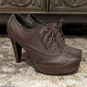 Oxford bootie